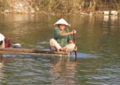 Viet Nam boat driver